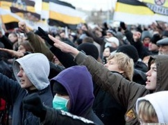 Устроивших шествие националистов отпустили без протоколов