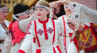 Авторов лучших национальных костюмов наградят в Чувашии