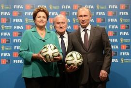Путин: Россия с помощью футбола будет бороться с расизмом