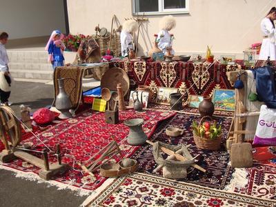 День единства народов Дагестана отметят скачками и ярмаркой