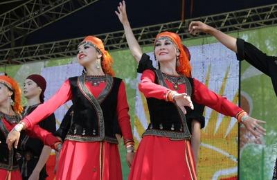 За год Татарстан провел 330 Сабантуев по всему миру