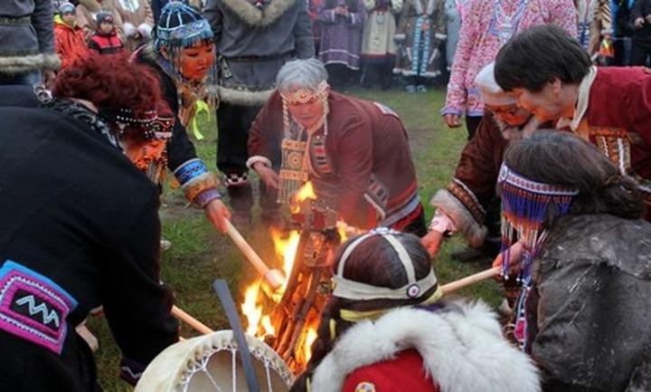 Магаданские эвены встретят Новый год и угостят всех желающих ухой