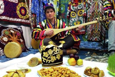 В Симферополе презентовали национально-культурную автономию таджиков