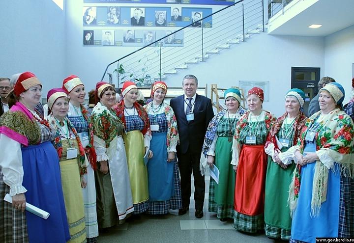 В Карелии открылся восьмой съезд народа