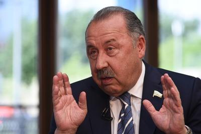 Валерий Газзаев призвал не спекулировать на дате 3 сентября