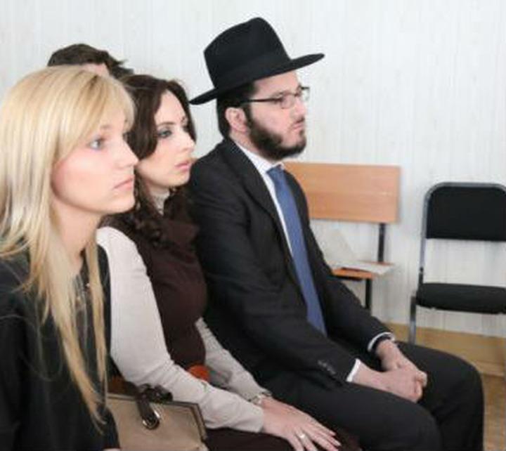 Суд признал решение о выдворении омского раввина незаконным
