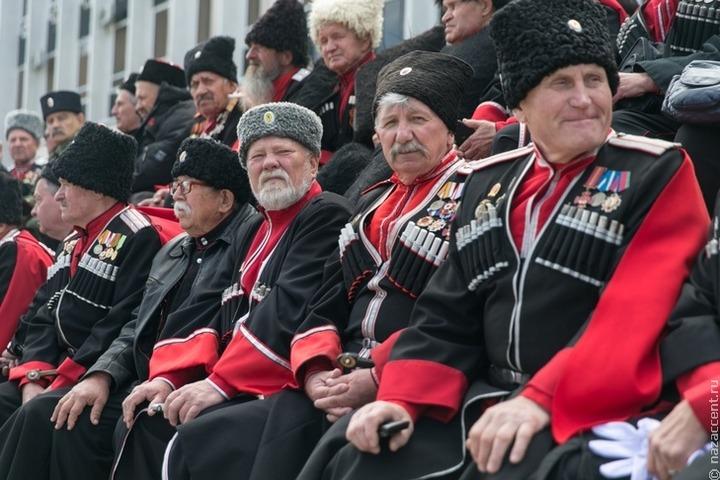 Путин изменил регламент утверждения уставов казачьих обществ