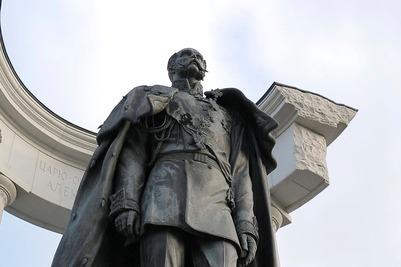 Черкесские активисты потребовали убрать памятник Александру II в Сочи