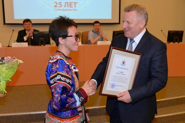 Глава Хабаровского края поздравил Ассоциацию коренных народов с юбилеем