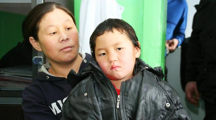 Мать прошедшей по зимней тайге тувинской девочки могут посадить в тюрьму