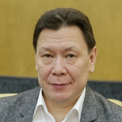 Президент Ассоциации КМНС Григорий Ледков ушел из Госдумы