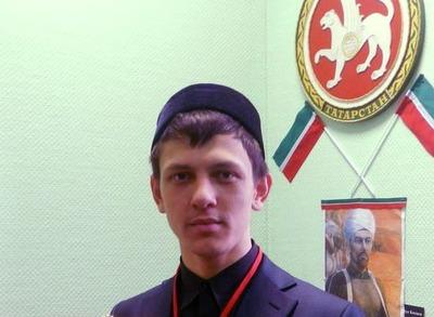 Татарского националиста оштрафовали за пикеты в поддержку крымских татар