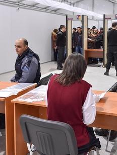 Миграционный центр Москвы выдал 350 тысяч патентов