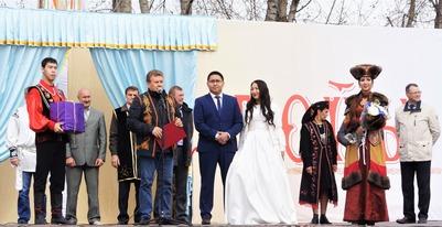 """Свадебные игры хакасов стали главной темой """"Уртун Тойы"""""""