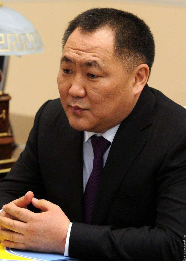 Главы Тувы Шолбан Кара-оол ушел в отставку