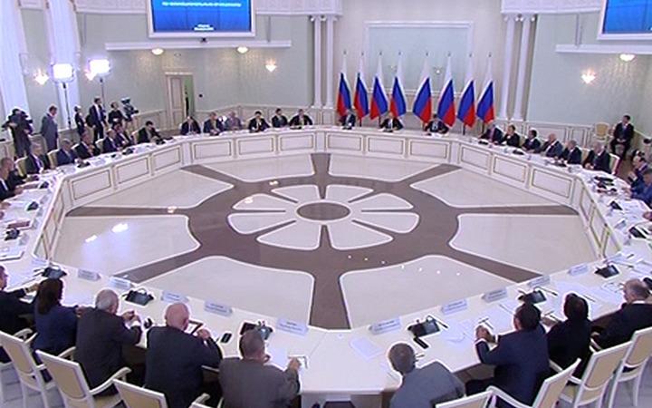 Путин изменил состав Совета по межнациональным отношениям