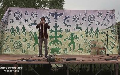 """Этнофестиваль """"НЕБО и ЗЕМЛЯ"""", игра на флейте"""