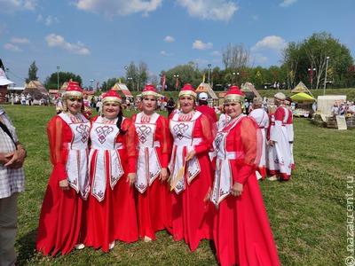 Татарстанские молодожены сыграли свадьбу по чувашским обычаям