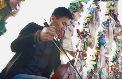 В Бурятии исполнили песню Цоя на морин хууре для спасения Байкала (ВИДЕО)
