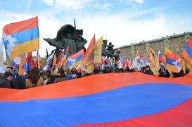В День памяти жертв геноцида армян в Москве прошел траурный митинг