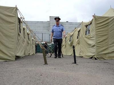 Ганнушкина пожаловалась в Генпрокуратуру на незаконный лагерь для мигрантов