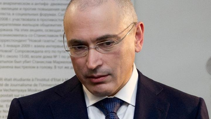 """Демушкин предложил Ходорковскому рассказать о национализме на """"Русском марше"""""""