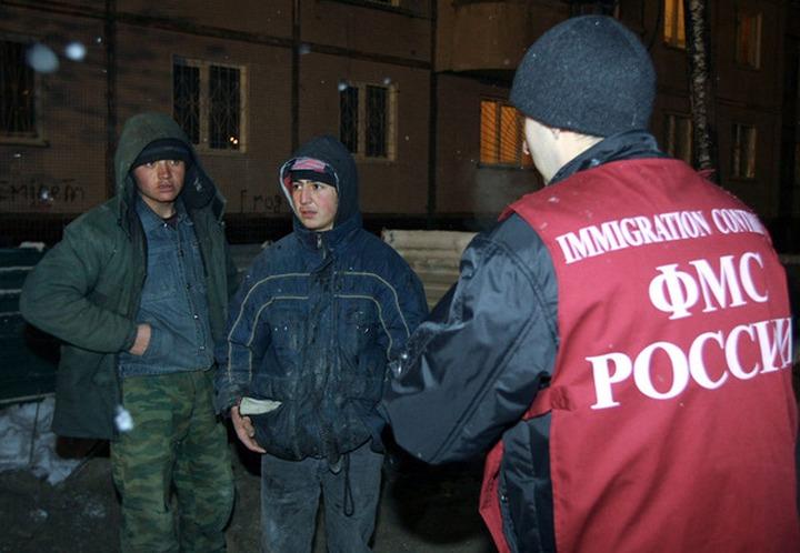 В Ленобласти местные жители участвуют в проверке нелегальных мигрантов