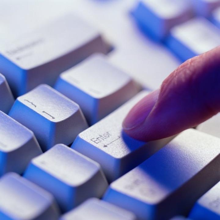 За комментарии и призывы в сети 282-я статья грозит еще двум пользователям Интернета