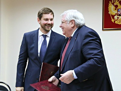 Стратегию нацполитики ФАДН будет реализовывать вместе с Институтом социологии РАН