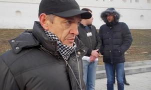 """Лидер """"Русских Астрахани"""" Игорь Стенин покинул Россию"""
