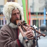 Гуляния на Тверской площади в День народного единства