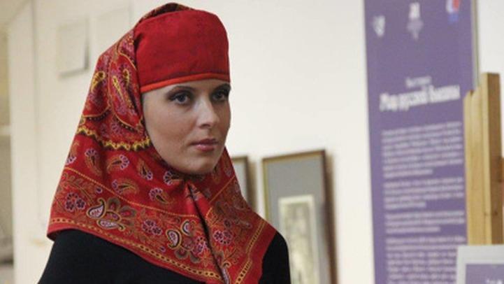 В Архангельске открылась выставка головных уборов народов Российской империи