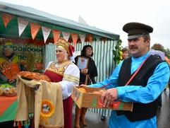 """На """"Вологодской весеннице"""" приготовят шашлык из зефира и покажут оберег на сытость"""