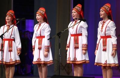 """В Саранске завершился фестиваль """"Шумбрат, Мордовия!"""""""