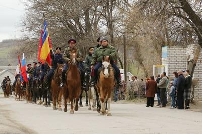 Участники казачьего конного перехода прибыли в Симферополь