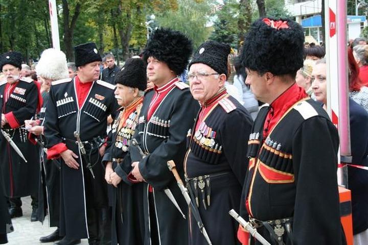 В олимпийском городе Сочи за мигрантами будут следить казаки