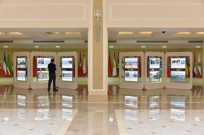 В Совете Федерации открылась выставка с фотографиями обрядов и достопримечательностей Марий Эл