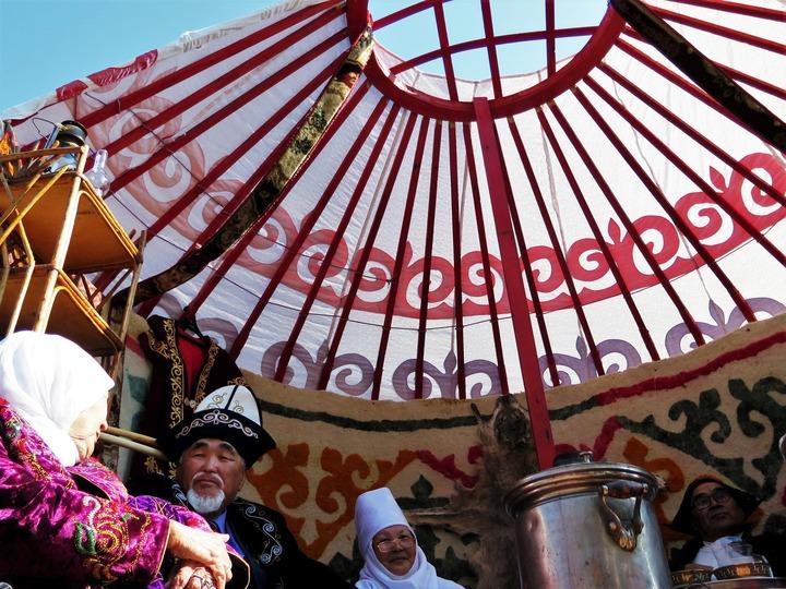 Казахскую сказку показали в прямом эфире в Тюмени