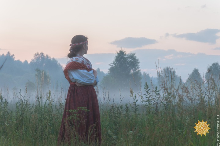 В древнем русском селе в Башкортостане сплели венки на Ивана Купала