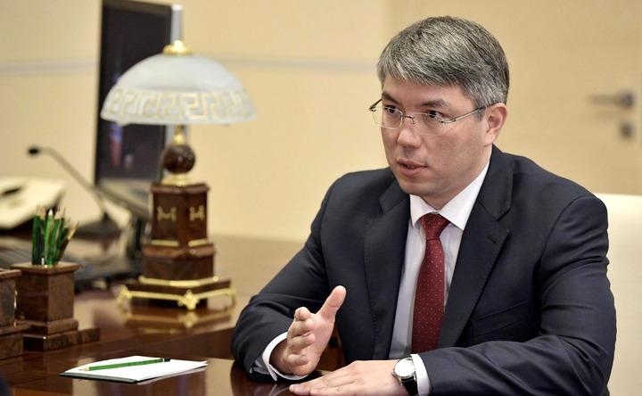 Главой Бурятии впервые назначили политика с бурятскими корнями