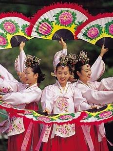"""Фестиваль корейской культуры """"Чусок"""" впервые пройдет в Москве"""