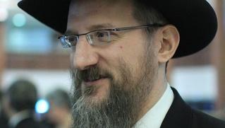 Раввин Берл Лазар возмутился сравнением закона о запрете гей-пропаганды с Холокостом