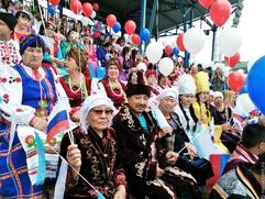 Почти половина россиян не поддерживает идею расового превосходства