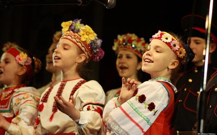 """В Краснодаре стартует фестиваль """"Кубанский казачок"""""""