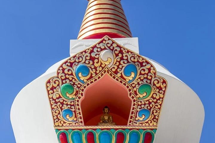 Разбившая буддийскую ступу под Красноярском женщина попросила прощения