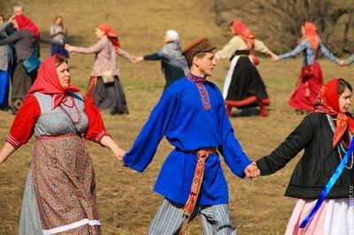 Славянскую Красную Горку отметят народным гулянием в Москве