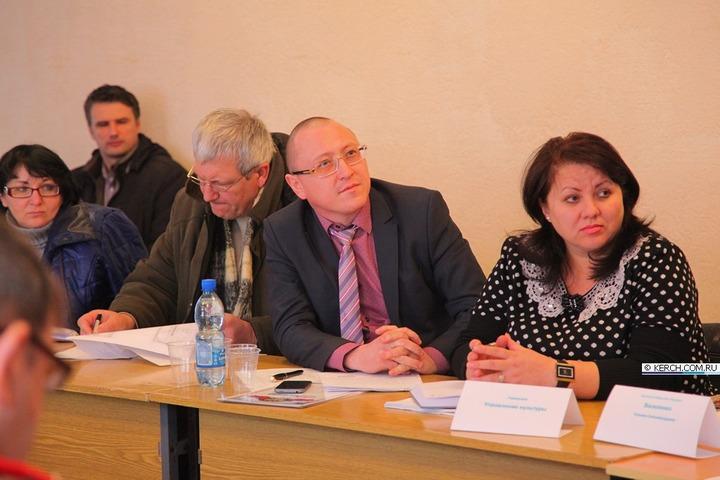 Национальные общины Керчи опасаются закрытия Дома дружбы