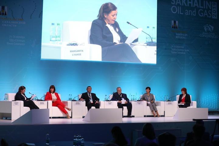 На нефтегазовой конференции Сахалина обсудили национальный вопрос