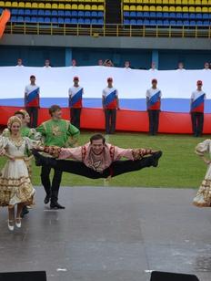 """Медведев скорректировал финансирование ФЦП """"Укрепление единства российской нации"""""""