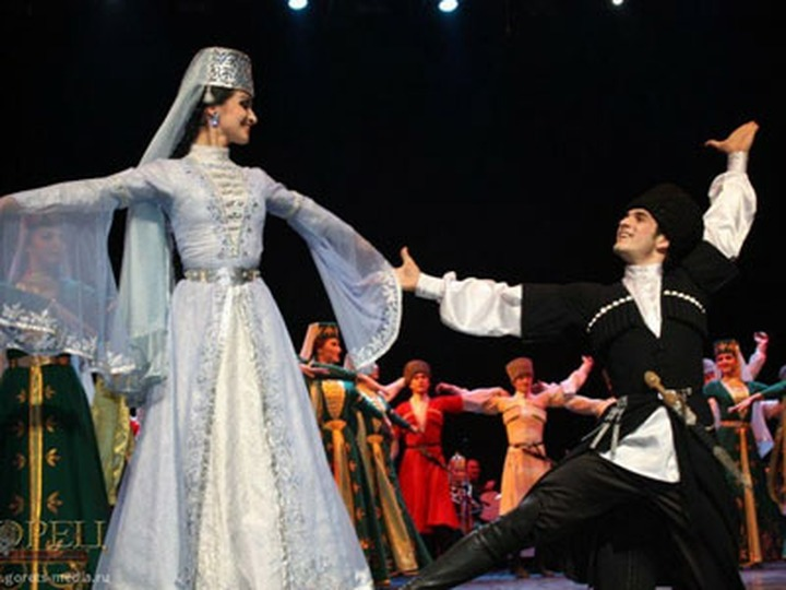На московском фестивале культуры народов Кавказа разыграют новый iPhone